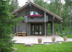 Как построить баню с террасой и барбекю