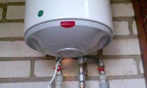 Когда нужно сливать воду из водонагревателя