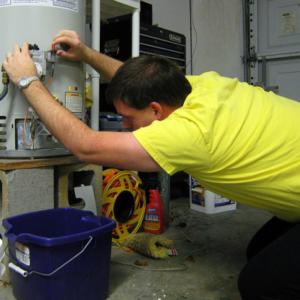Как правильно слить воду из водонагревателя Термекс на 50 литров?
