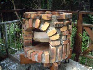 Как сделать мангал из камня своими руками?