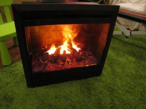 Как сделать электрокамин с эффектом живого огня своими руками